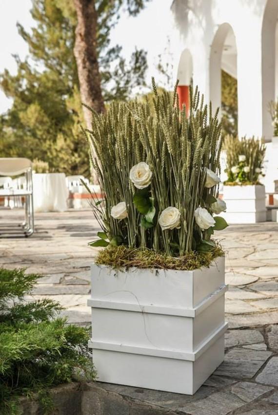 Rustic Τριαντάφυλλα διακοσμηση γάμου