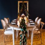 A minimal theatrical Christmas table