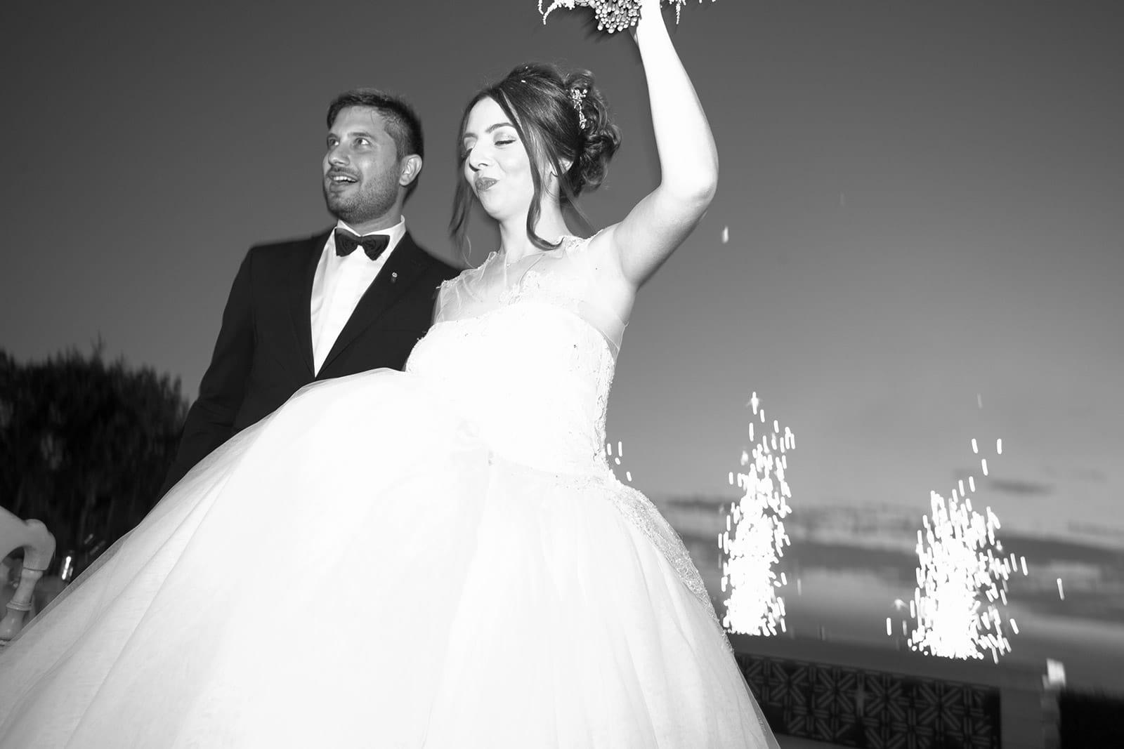 Γάμος με φούξια λεπτομέρειες