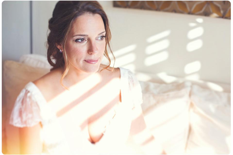 Νυφικό πορτραίτο σε προετοιμασία νύφης