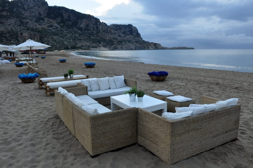summer wedding beach party furniture