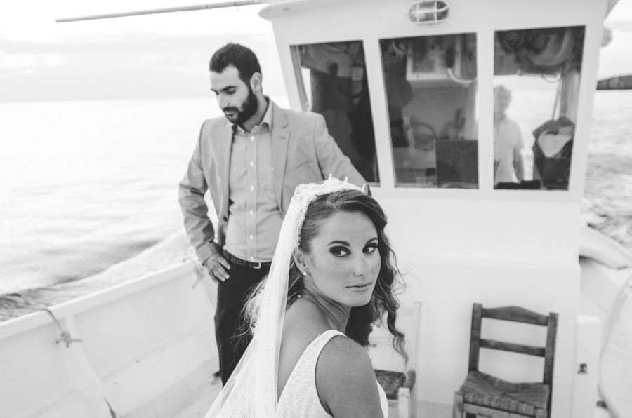 Summer wedding photography by Manos Skoularikos