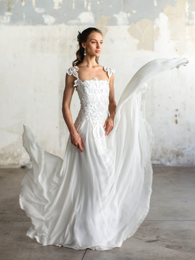 wedding dress katia delatola