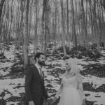 Χειμωνιάτικος γάμος με χιόνια στο βουνό