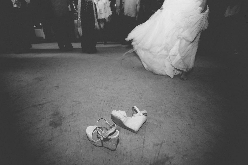 νυφικό και νυφικά παπούτσια