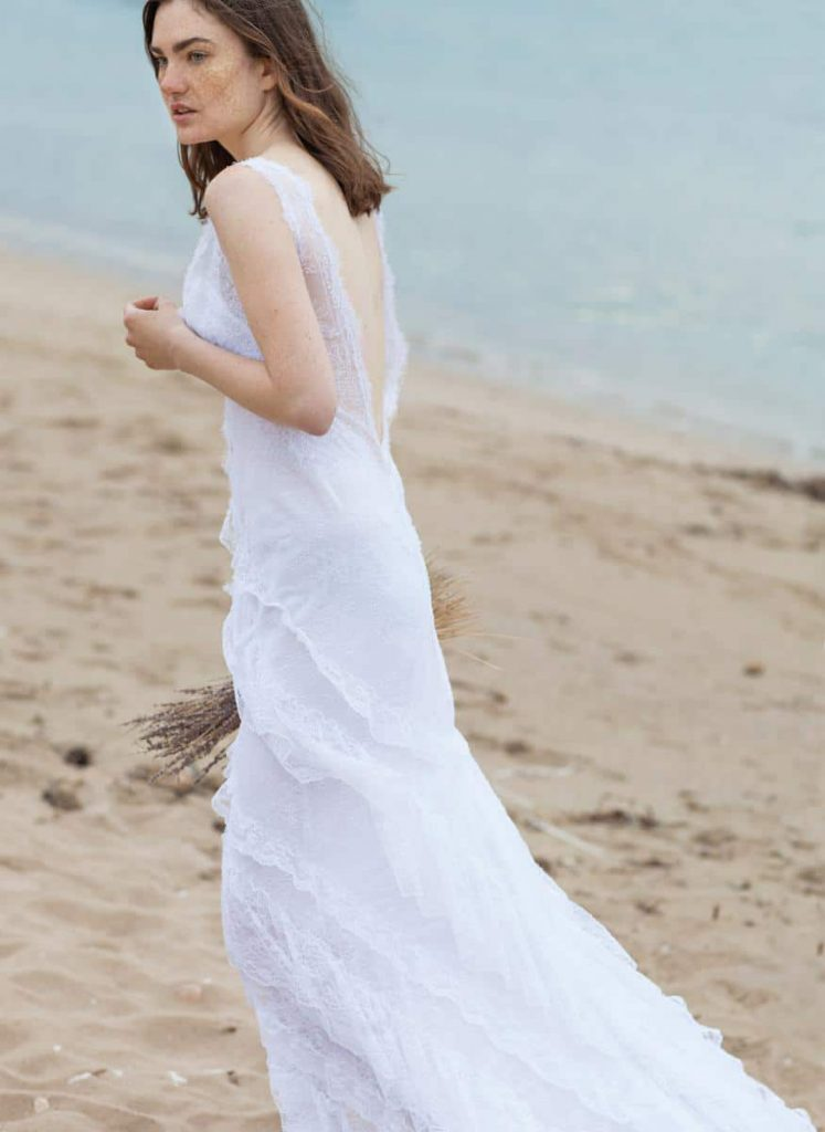 summer short sleeve wedding dress
