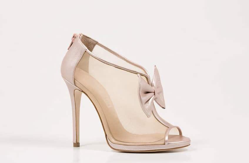 85f995be3bb Ξεχωριστά νυφικά χειροποίητα παπούτσια | WeddingTales.gr