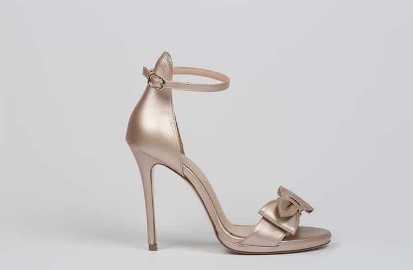 8391a5810ba χρυσά πέδιλα sideris. παπούτσια γάμου. Νυφικά παπούτσια Sideris