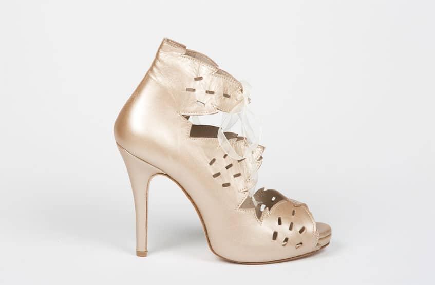 χρυσά ankle boots