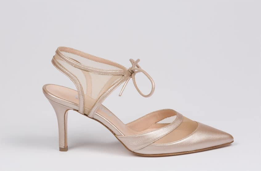 Ξεχωριστά νυφικά χειροποίητα παπούτσια  6f97988ad9c