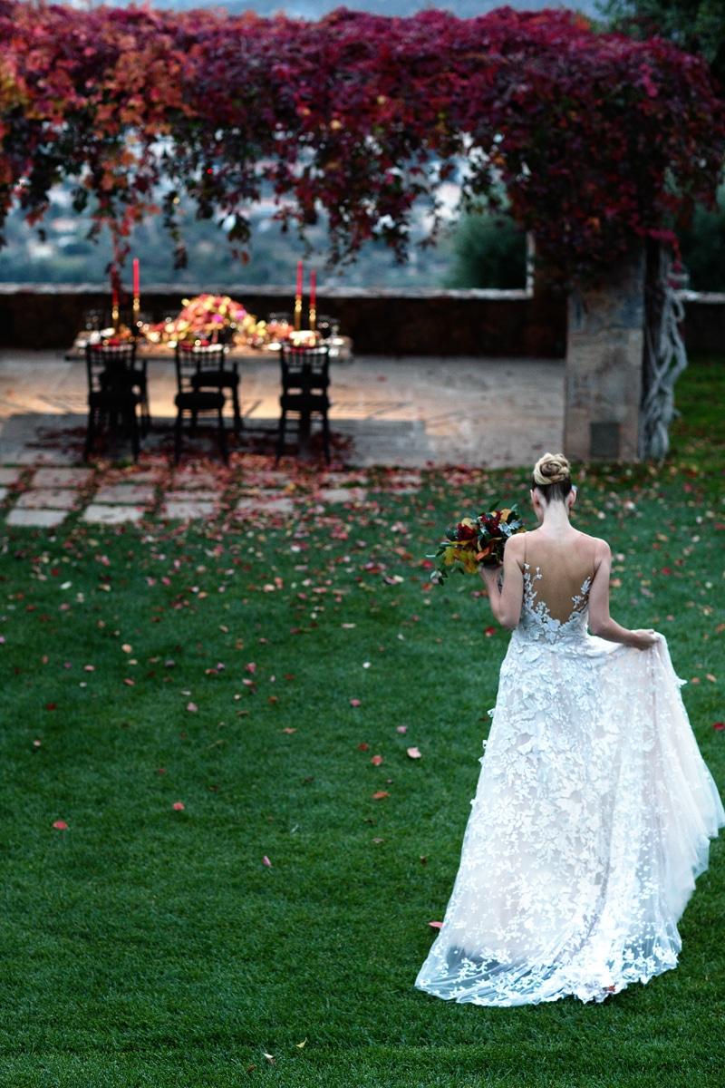 Autumn berry wedding decoration