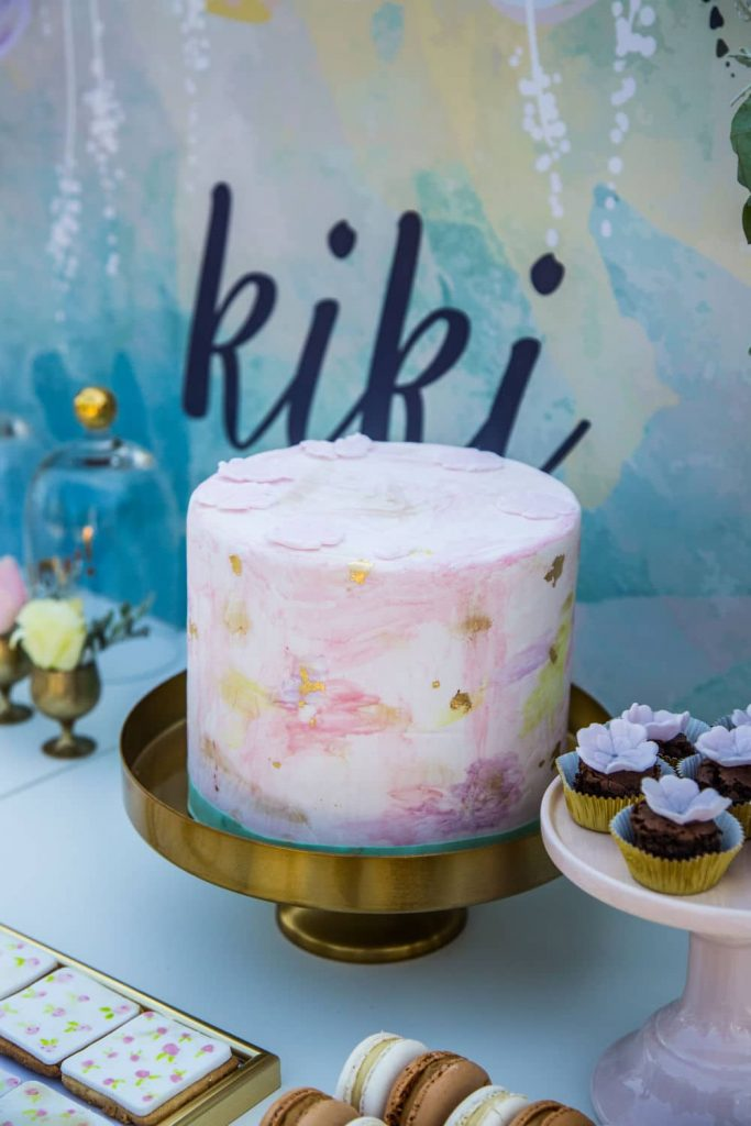 trendy wedding cake