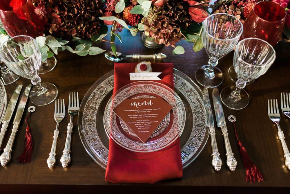 Glam red art de la table by Phaedra liakou