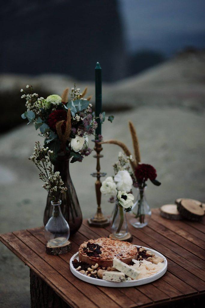 Χειμωνιάτικος γάμος και διακόσμηση στο βουνό