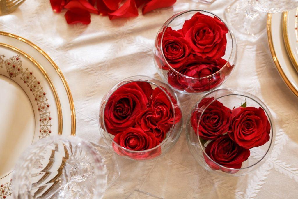 γάμος με κόκκινα τριαντάφυλλα
