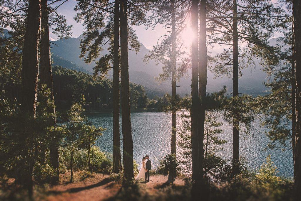 φωτογράφιση γάμου σε λίμνη