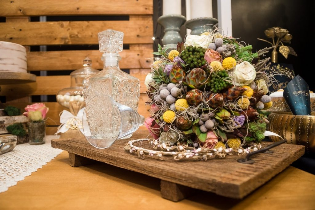 Spring rustic bridal bouquet with wild flowers