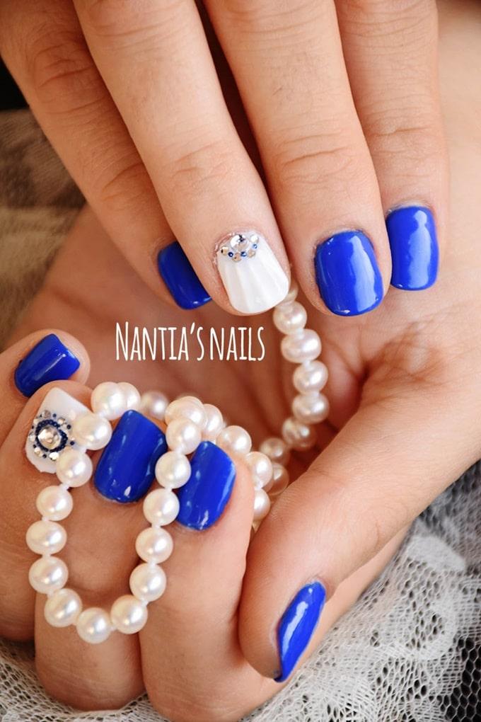 Μπλε νυφικό manicure