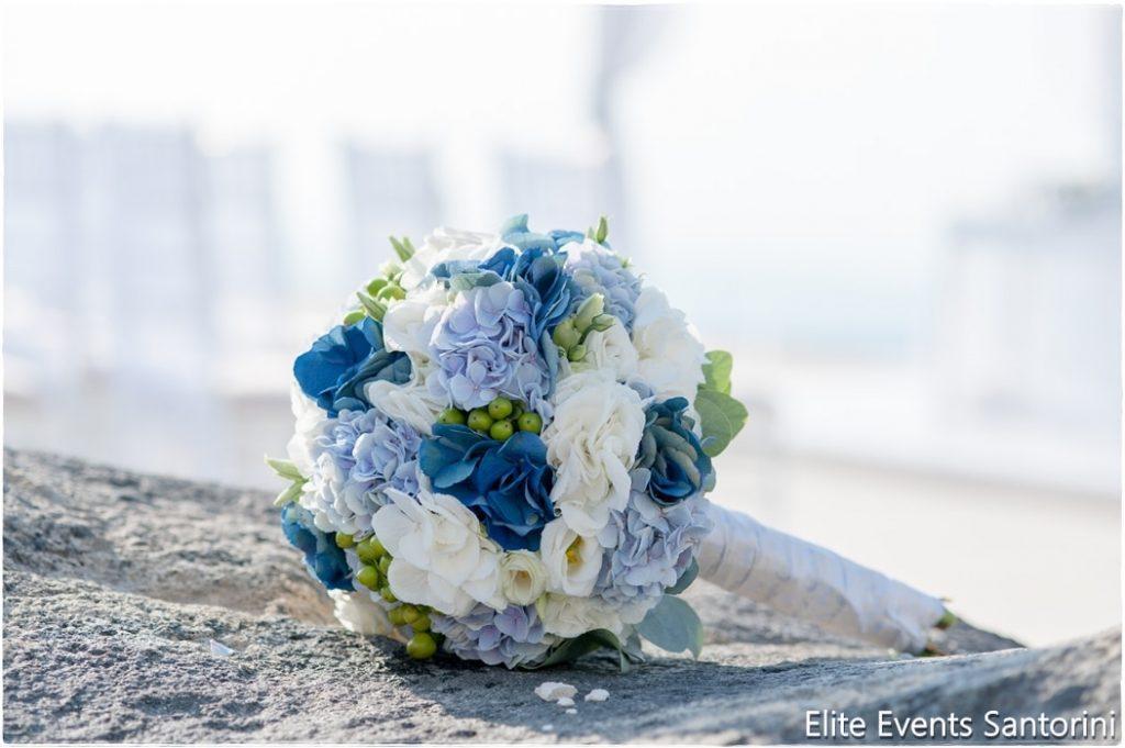 μπλε νυφική ανθοδέσμη
