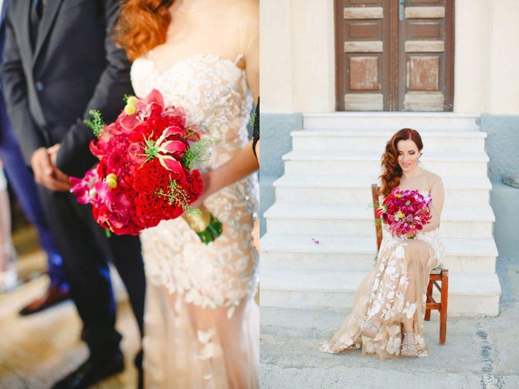 νύφη με εντυπωσιακή πολύχρωμη ανθοδέσμη