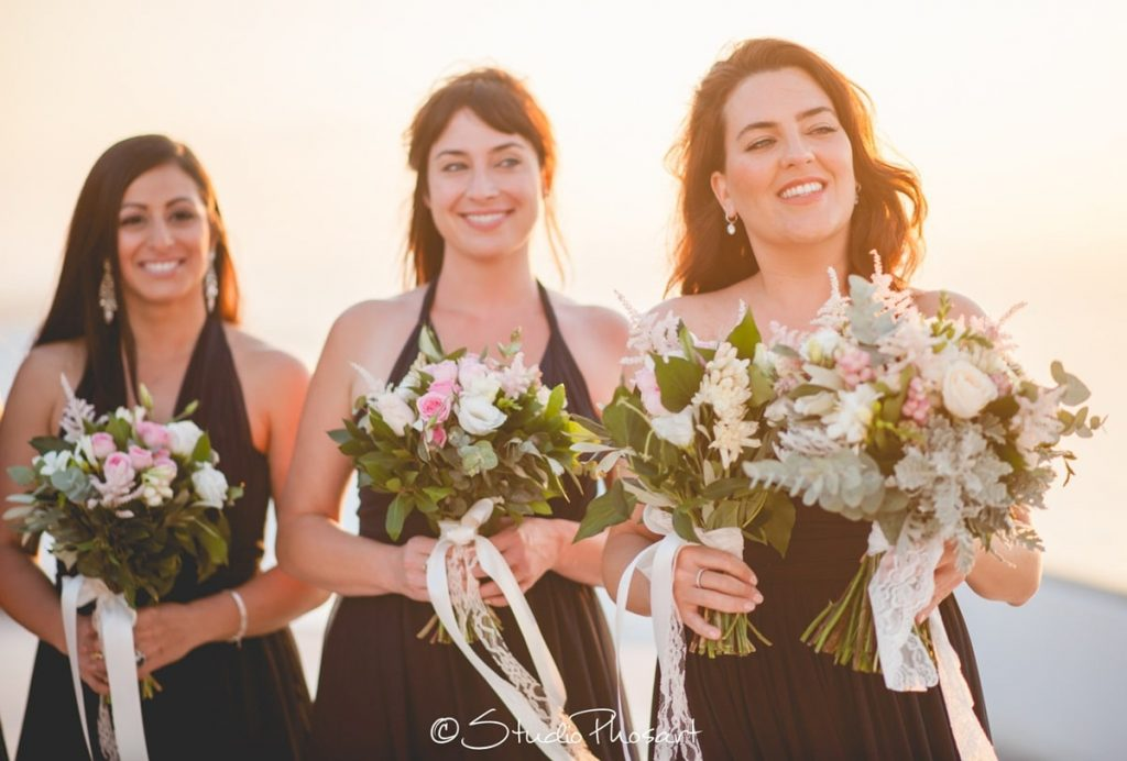 bridesmaids with bridal bouquets