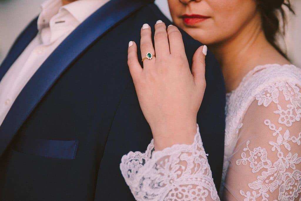 Μονόπετρο δαχτυλίδι με πράσινη πέτρα
