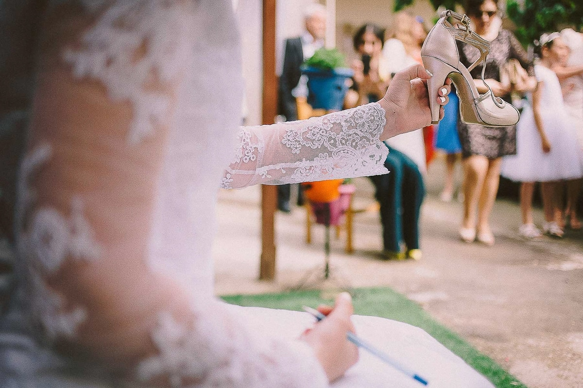 μις, ραντεβού και έθιμα γάμων.