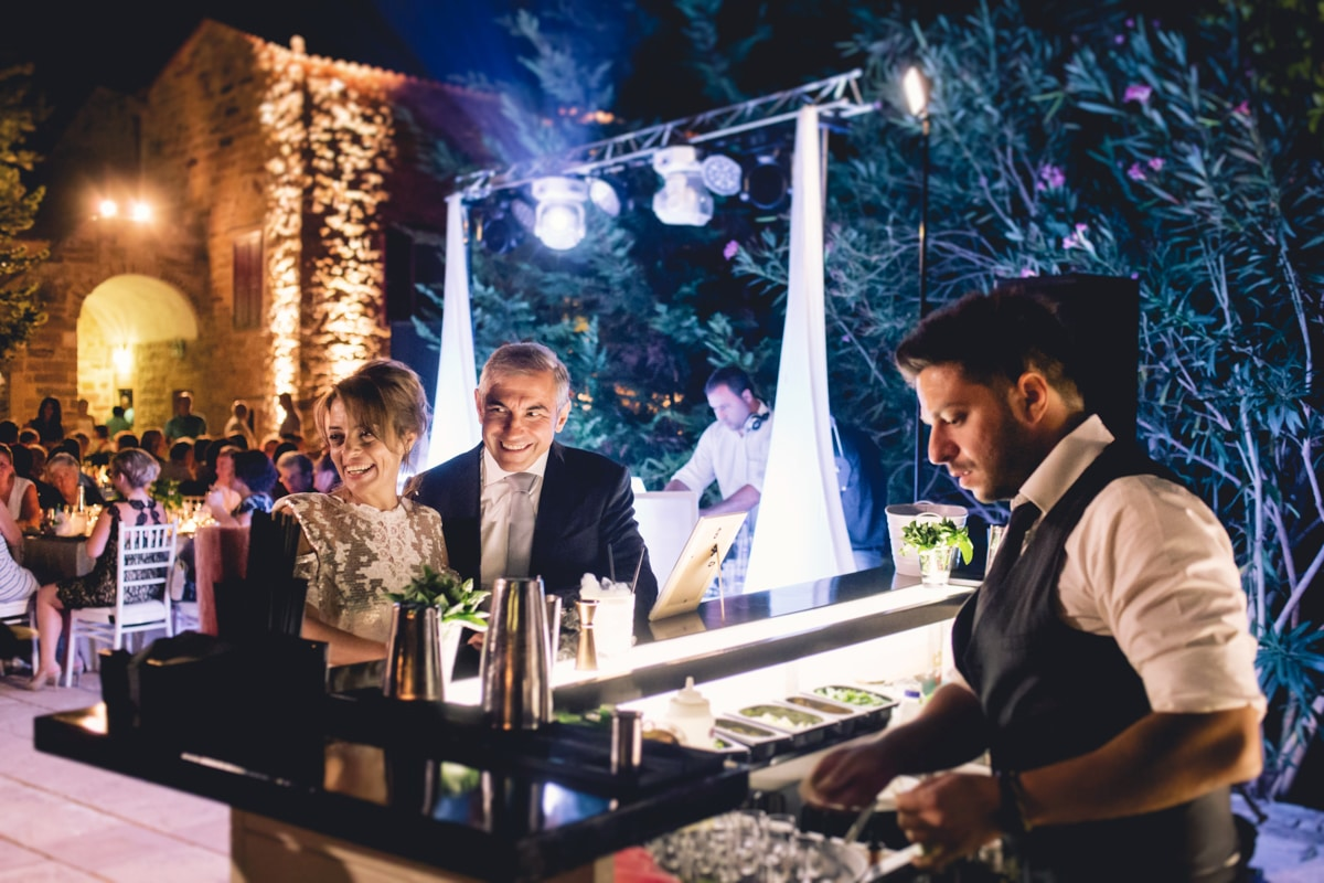Wedding bar catering