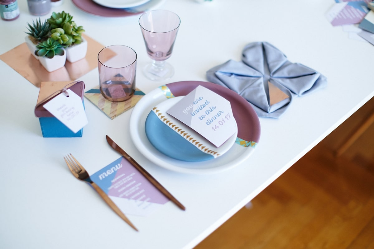 Wedding tableware in blue petrol and dusty pink colors