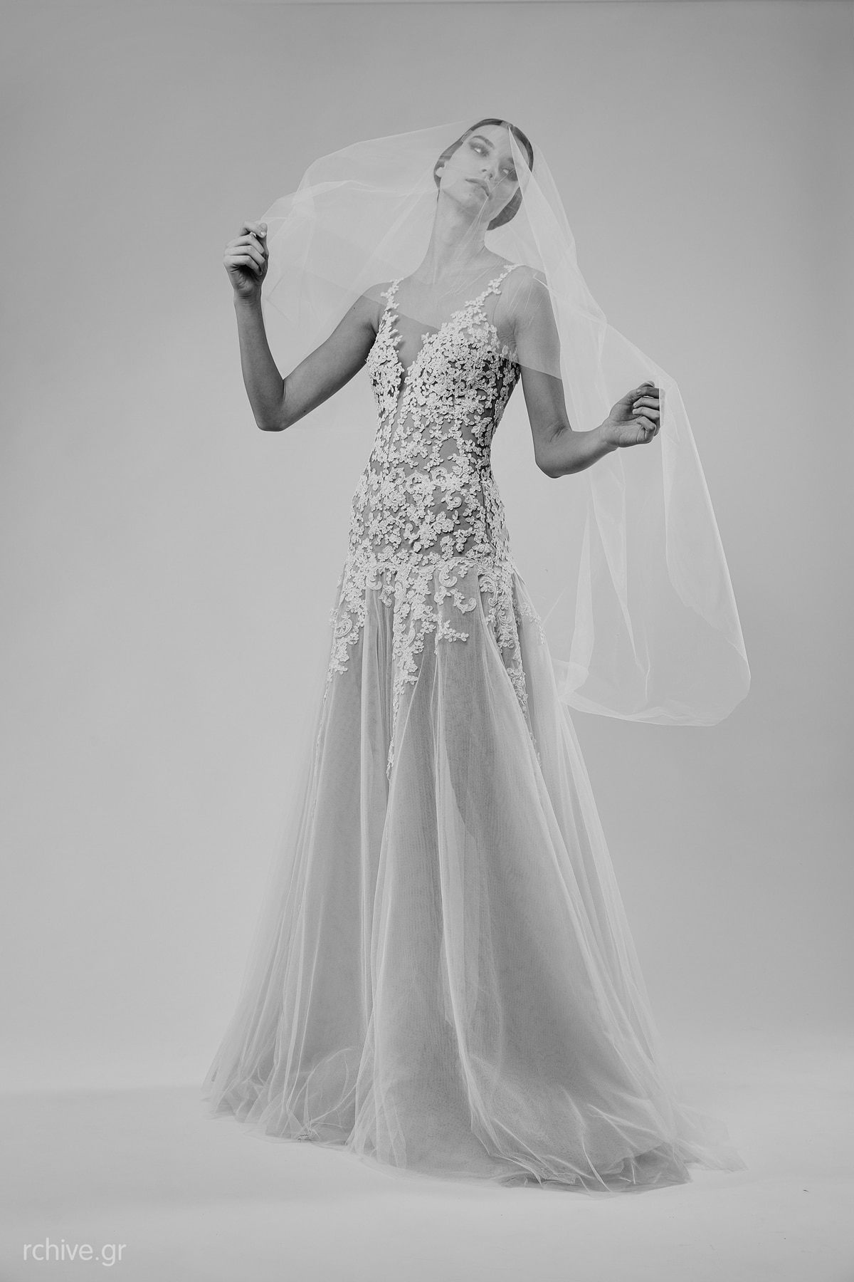 Trumpet wedding dress with lace mairi mparola