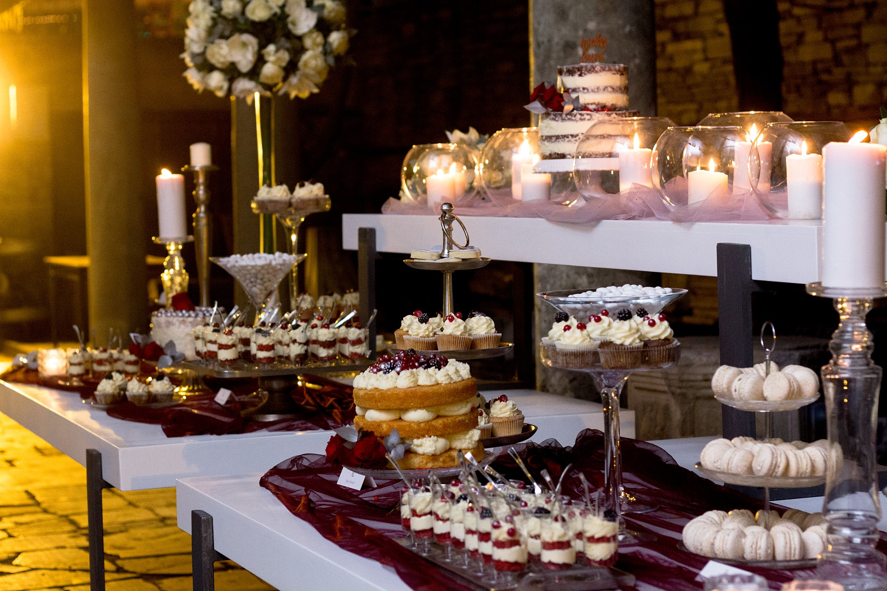 Winter wedding wish table