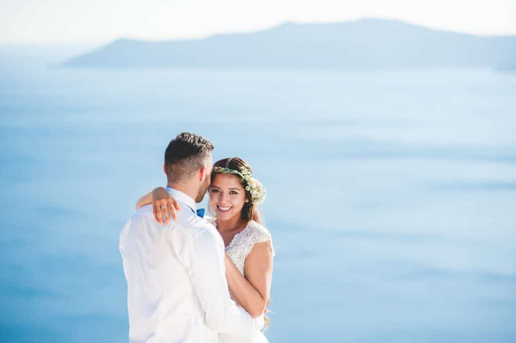 Καλοκαιρινός boho γάμος στη Σαντορίνη