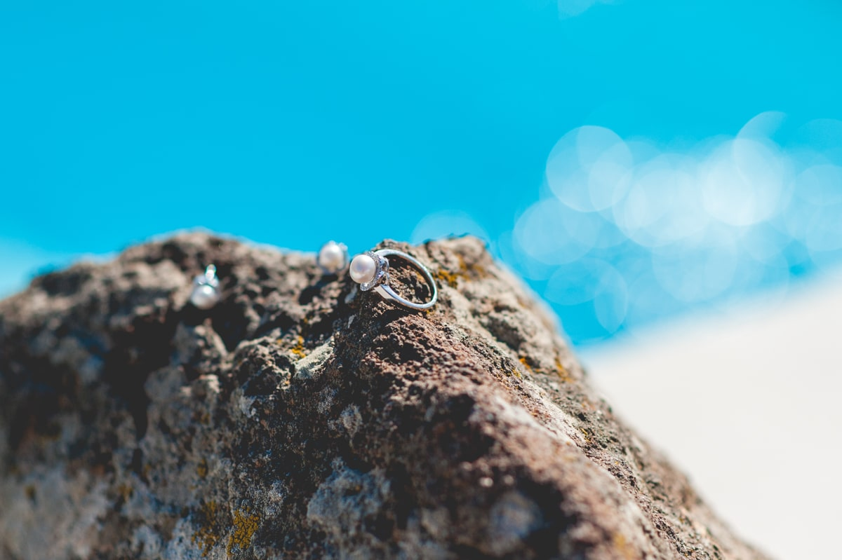 Engagement ring with pearl