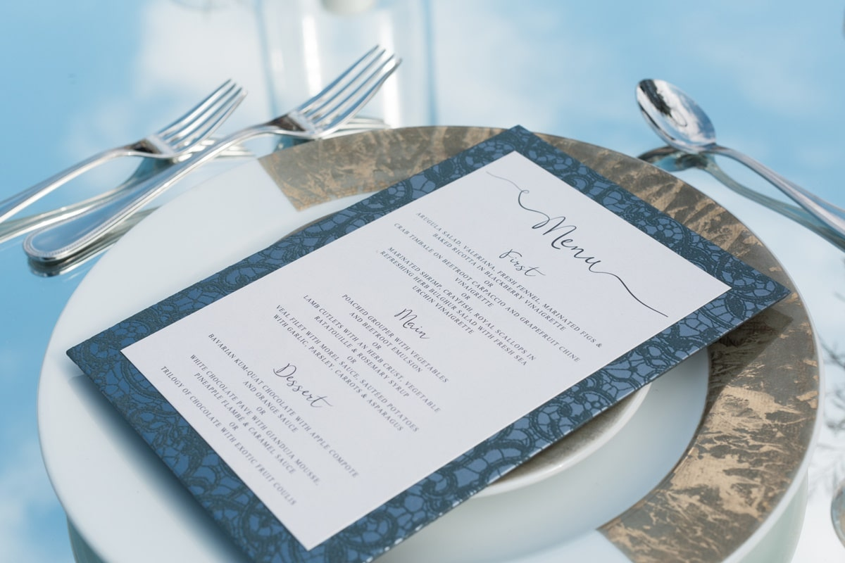 Wedding menu in deep blue shades | The Wedding Tales