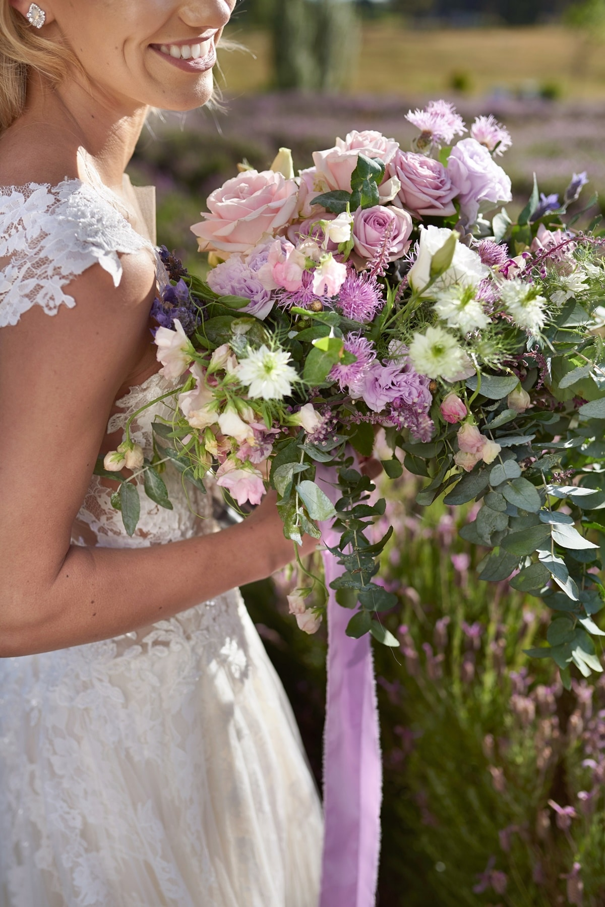Sping bridal bouquet with lavender and roses