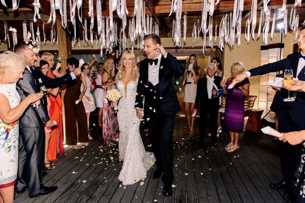 Romantic elegant wedding in Island Prive Venue