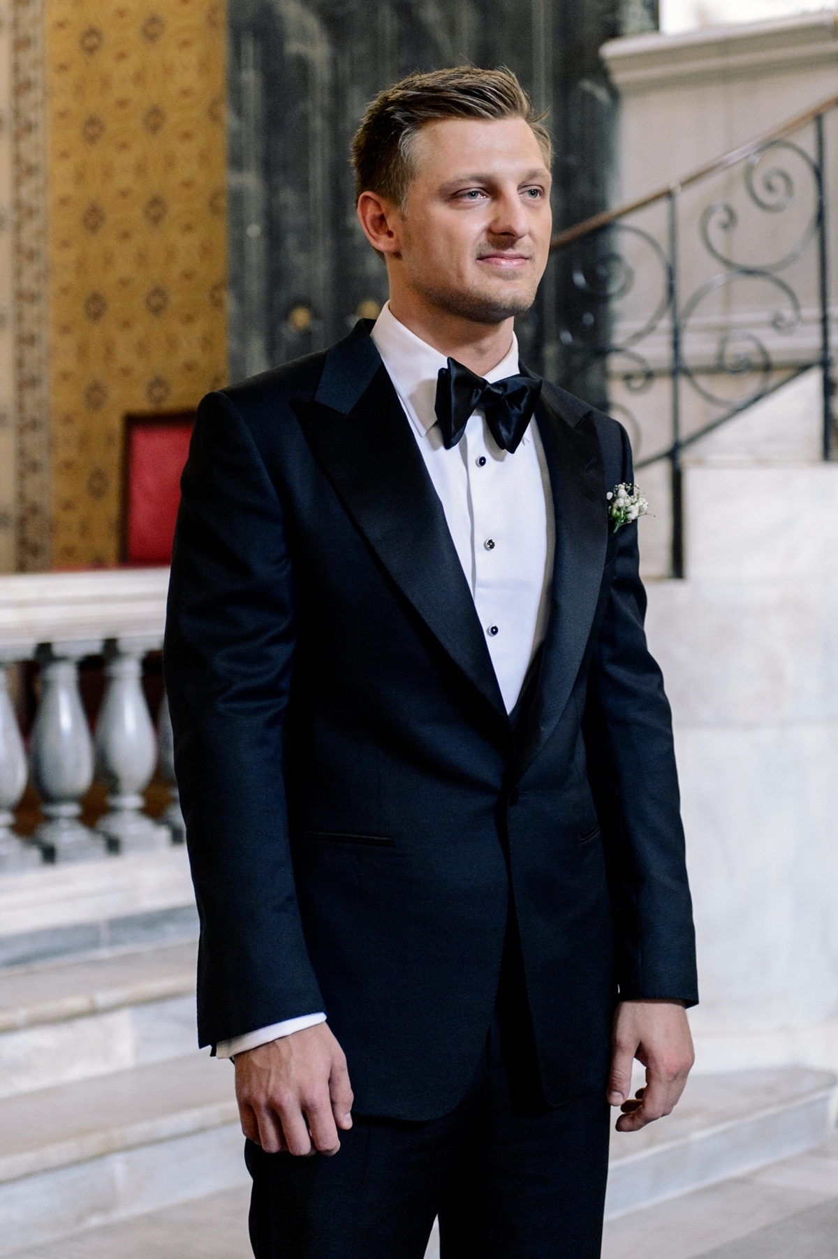 Black groom\'s suit with black bow tie Tom Ford | The Wedding Tales