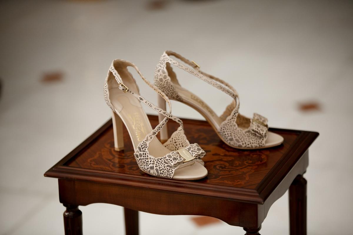 Νυφικά παπούτσια laser cut Salvatore Ferragamo