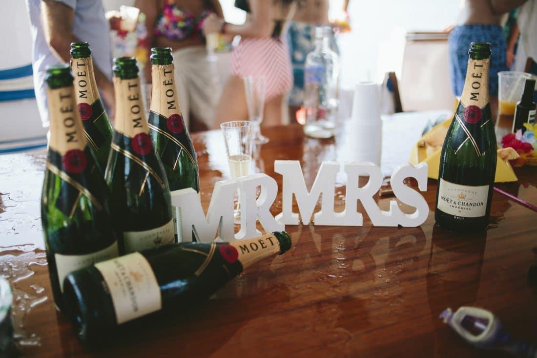 Καλοκαιρινό after wedding party σε σκάφος