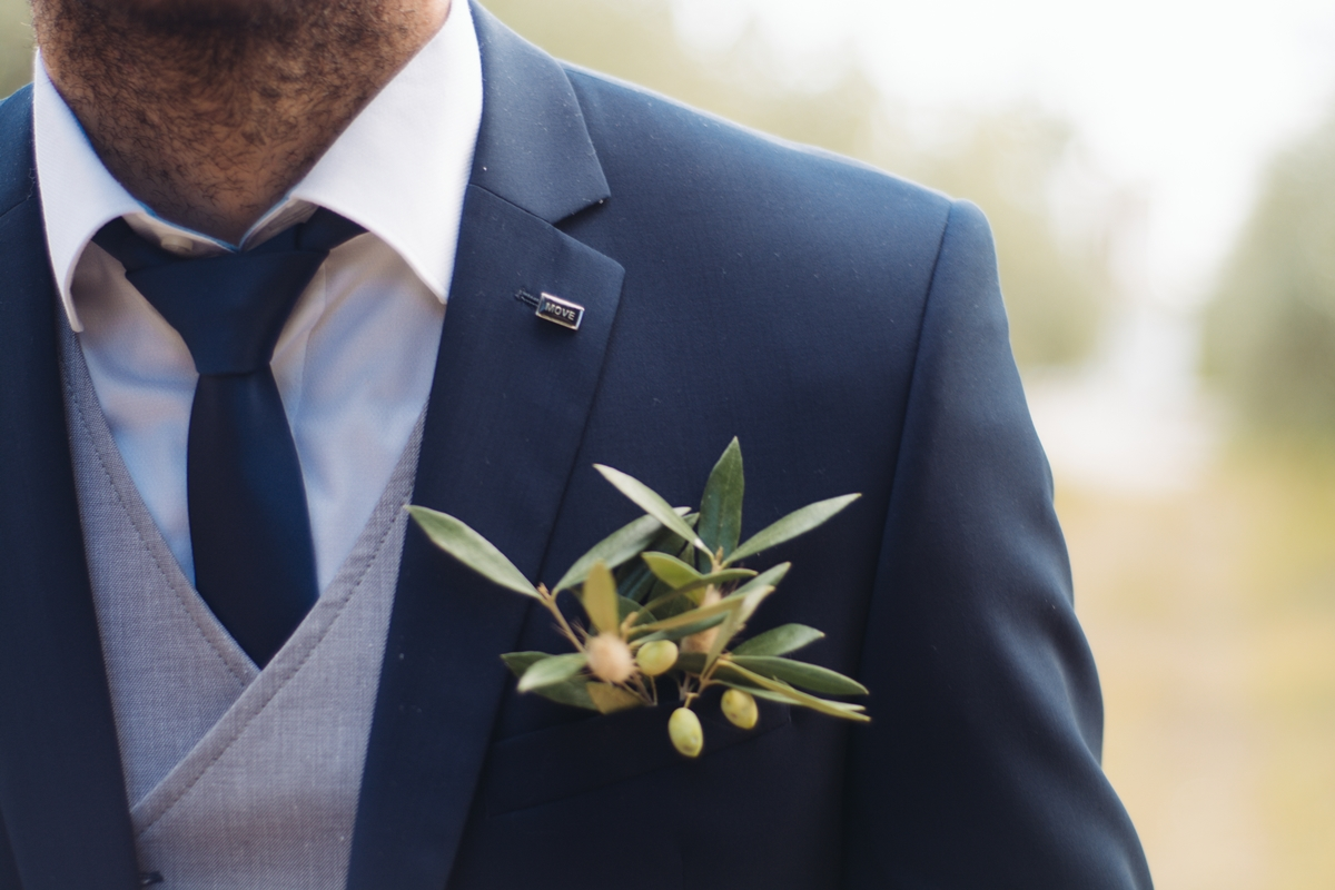 Original ideas for groom's boutonniere