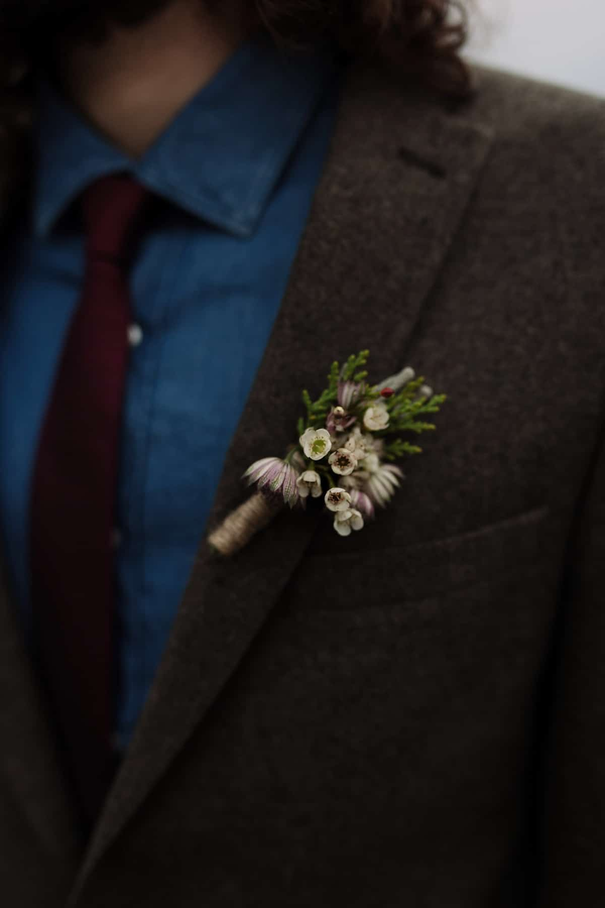 Original ideas for winter wedding boutonniere