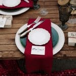 Ideas for winter wedding table setting in deep red colors
