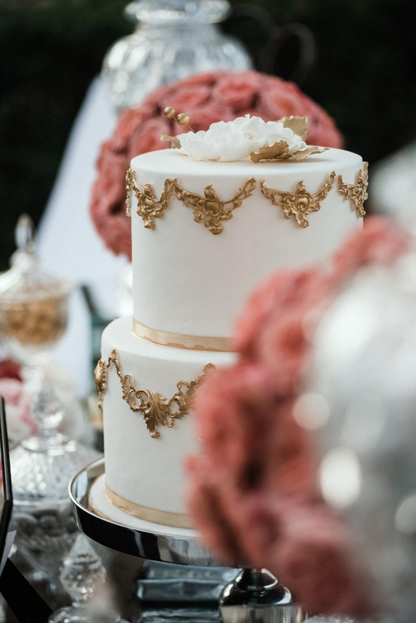 Stunning glam wedding in Athens Riviera