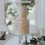 Τούρτα γάμου με φύλλα χρυσού