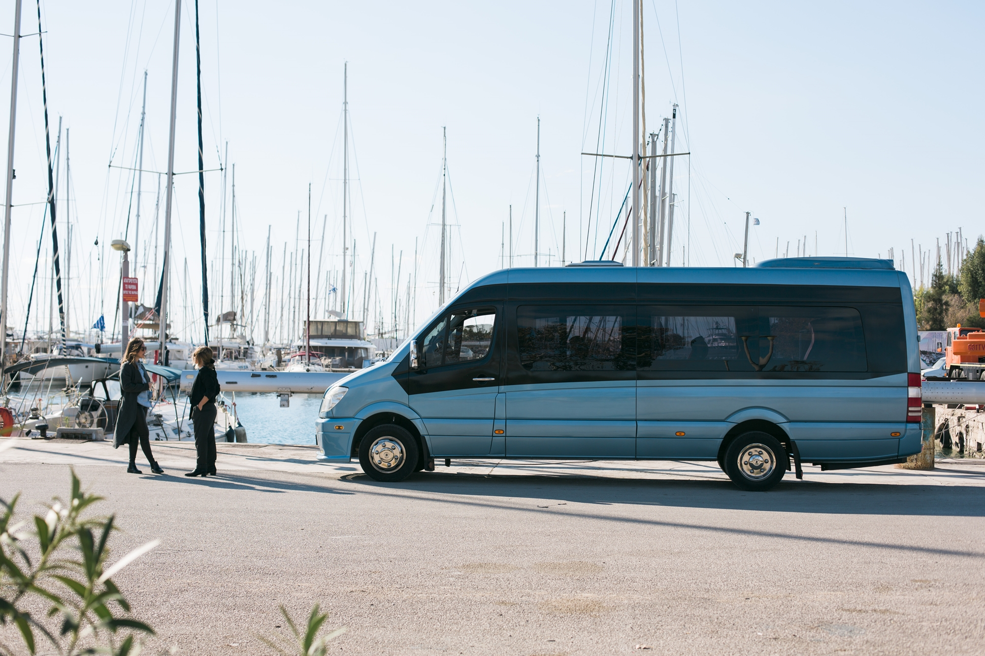 Ένα bachelorette mini bus για τέλειο bachelor party