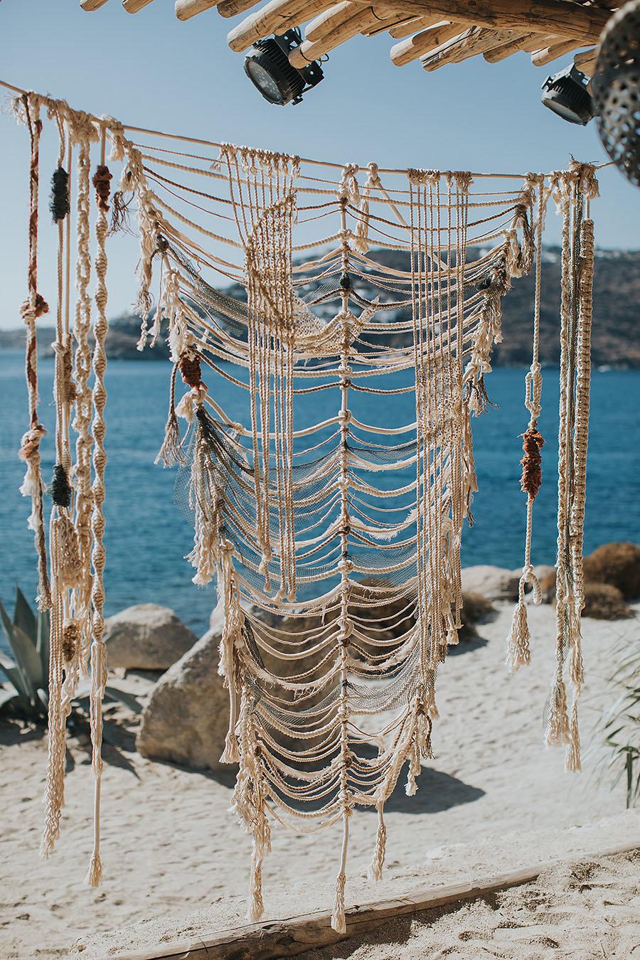 Sunny inspirational shoot in Mykonos