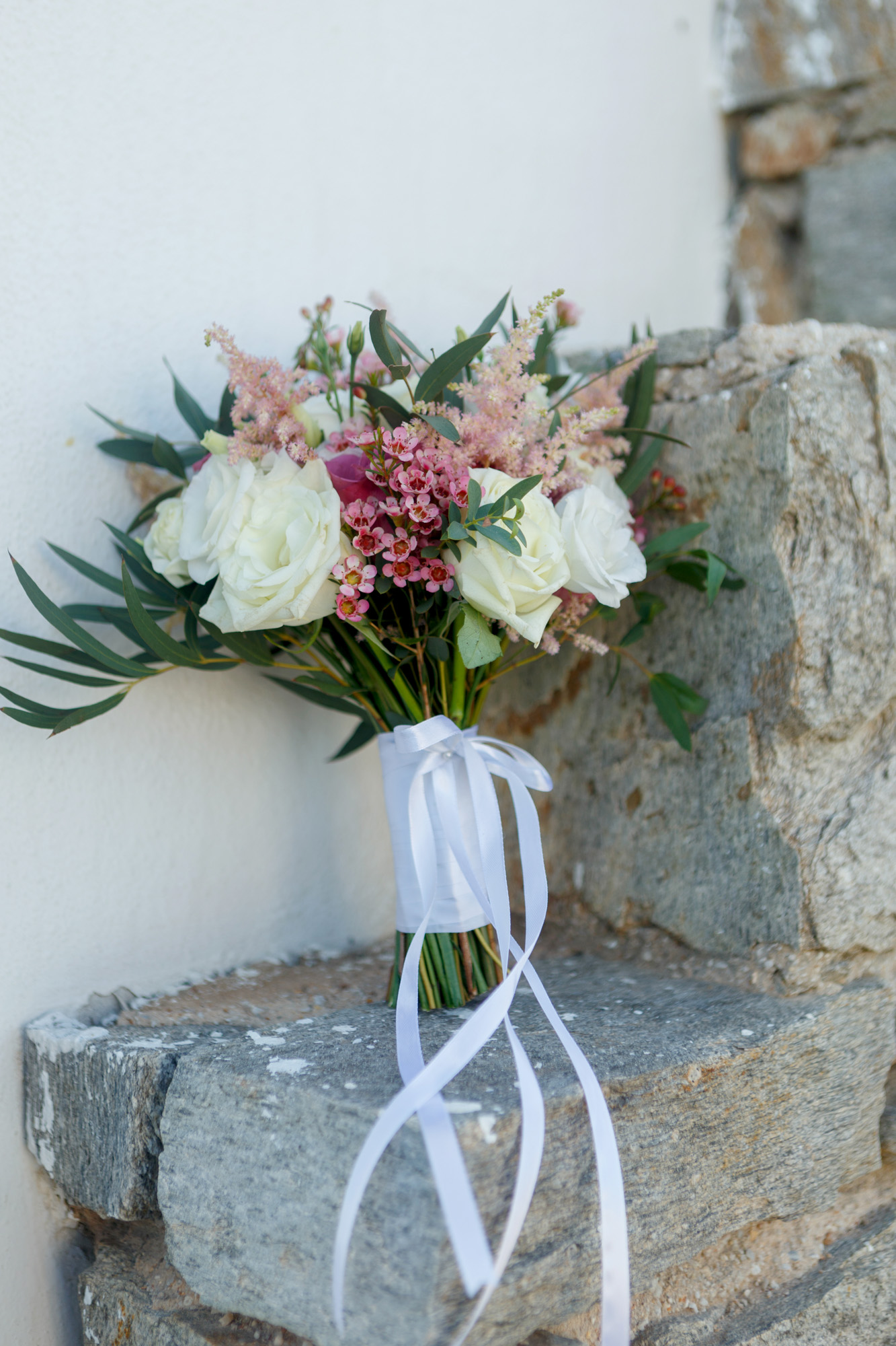 Stunning wedding in Paros with Jenny Packham wedding dress