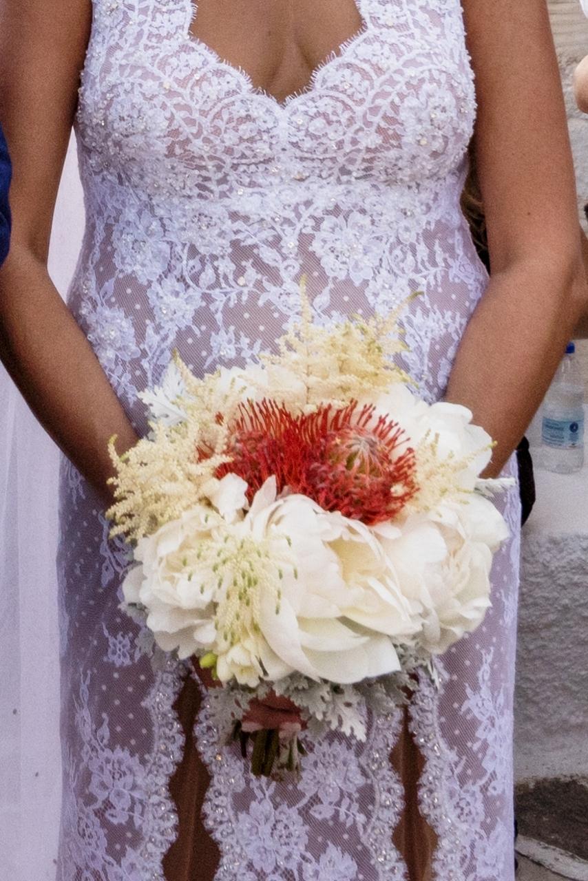 Summer wedding in Paros with stunning Celia Kritharioti gown