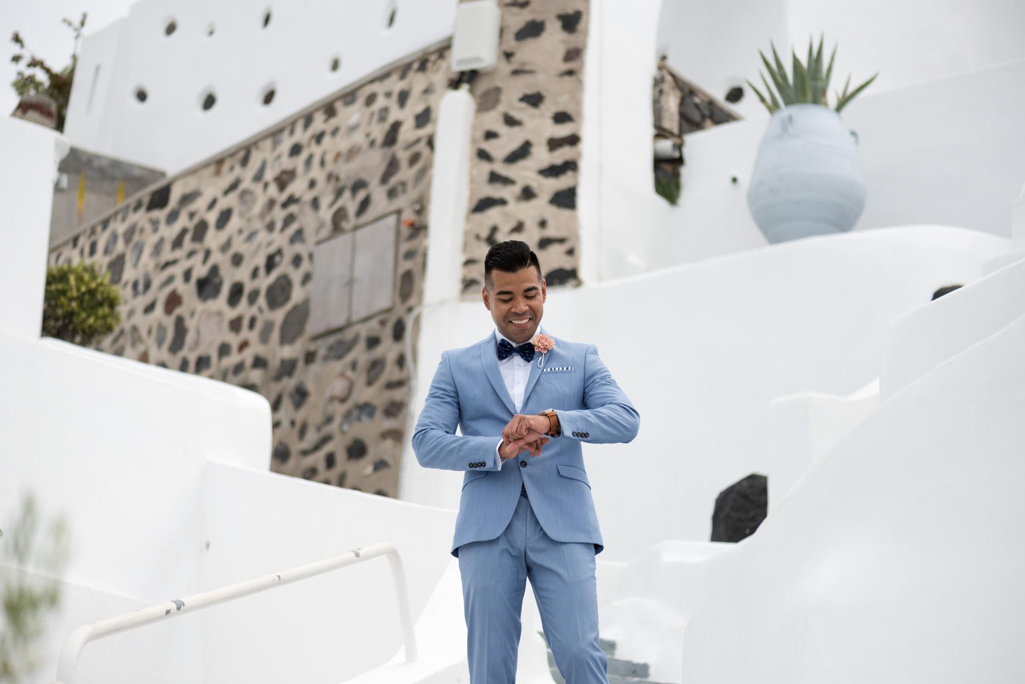 Γαλάζιο κοστούμι για το γαμπρό