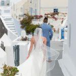 Spring intimate wedding in Santorini